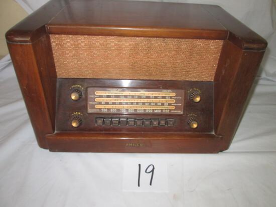 Philco Model 48-482 Radio