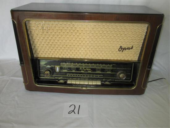 Telefunken Superheterodyne Opus 7 Radio