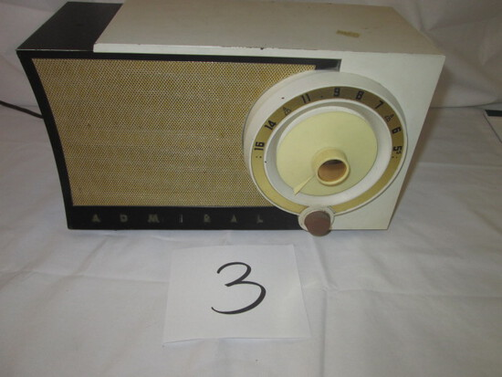 Admiral Model 5T37-N Radio