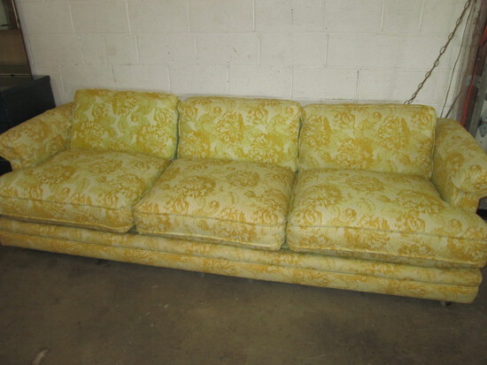 Vintage Flexsteel 3-Cushion Sofa