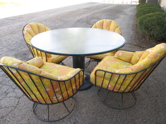 Vintage Birmingham Ornamental Iron Meadowcraft Patio Table & Chairs