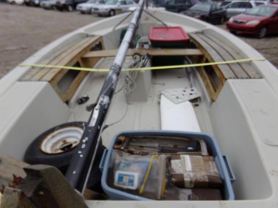 1979 79F Boston Whaler Sailboat