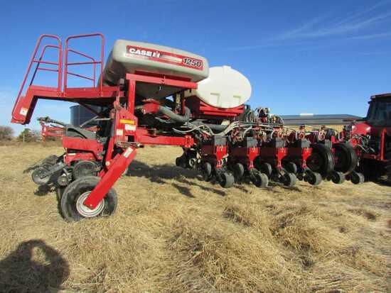"2013 Case IH, Model 1250 Early Riser 16 Row No Till Planter, 30"" Rows, Moni"