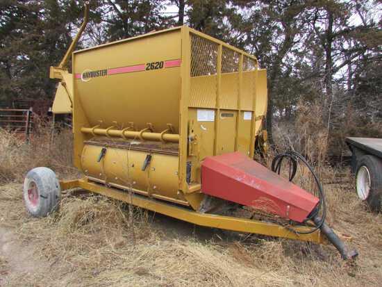 Hay Buster Model 2620 Bale Processor