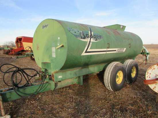 3,000 Gal. Badger 11000L Slurry Wagon W/3 Shank Injector