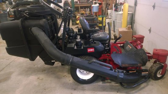"2005 Toro Z-Master Model# 74246 60"" TurboForce deck with dump from the seat"
