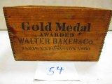 WALTER BAKER CO. LTD. WOODEN BOX DOVE TAILED GREAT GRAPICS