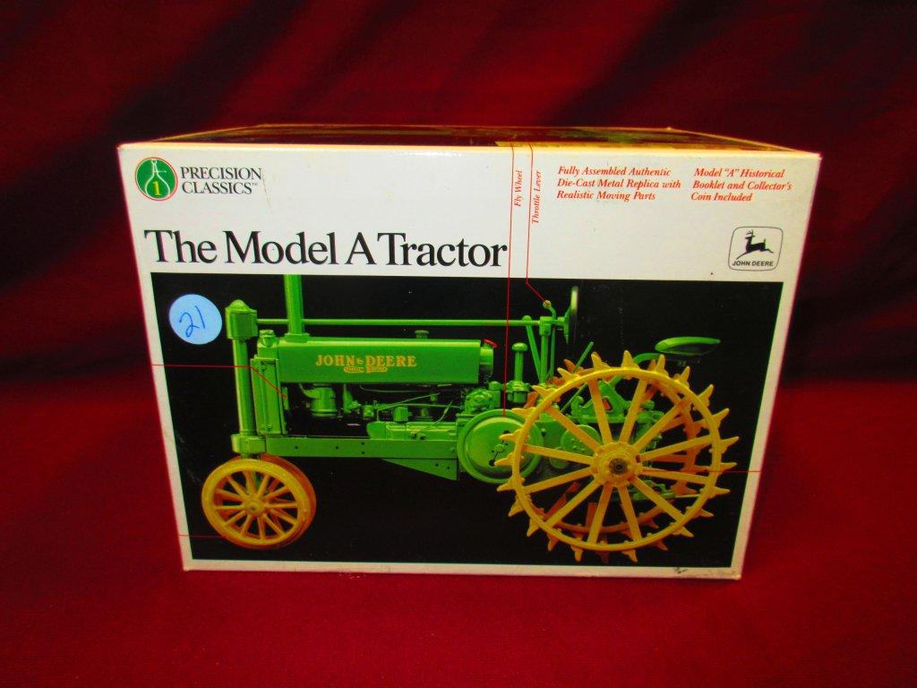 ERTL PRECISION SERIES JOHN DEERE MODEL A TRACTOR N.I.B.