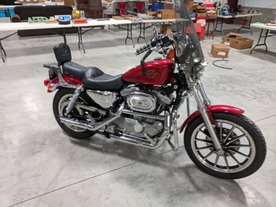 1999 Harley Davidson XL1200 - 800-900 miles - many extras have been upgraded