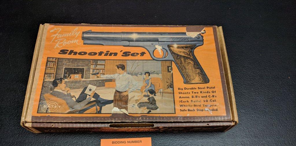 Daisy Family Room Shootin Set - Model 81-10-1177 - Original Box