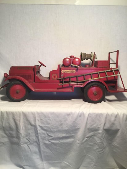 Large American LaFrance fire engine truck