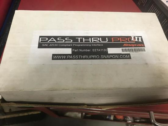 Snap-On Pass-Thru Pro III with connectors and box