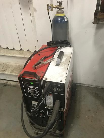 Snap-On MM250SL Welder with Gas Bottle included, working condition