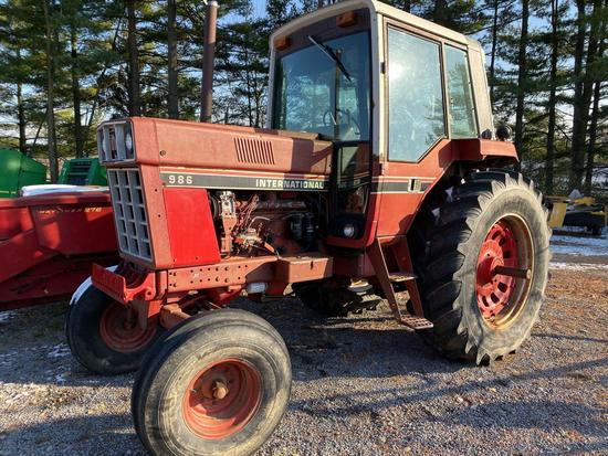 International 986 tractor, cab heat and air, diesel, good tires, 100 hp