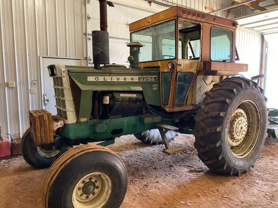 Oliver 2255 tractor