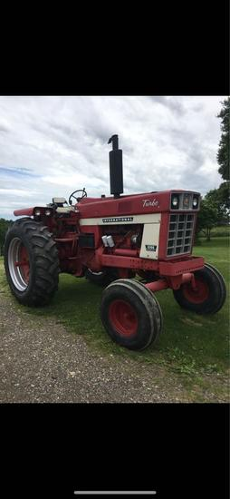 International 1066 Tractor- 3,1xx hrs., T/A factory delete, very clean machine, ready to work
