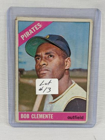 1966 Topps Robeerto Clemente Card #300