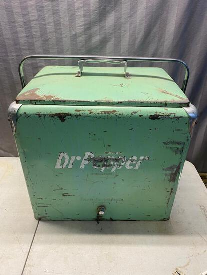 Vintage Lime Green Dr Pepper Fiberglass Insulated Cooler with tray insert