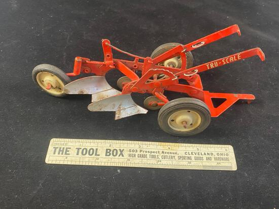 Tru Scale 2 Bottom Plow