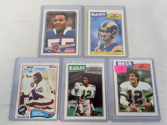Topps rookie card lot: Kelly, Cunningham, Bennett, Everett, Taylor