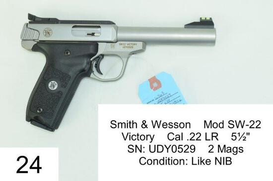 "Smith & Wesson    Mod SW-22    Victory    Cal .22 LR    5½""    SN: UDY0529    2 Mags    Condition: L"