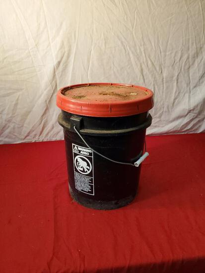5 gallon driveway sealer