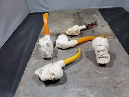4 pipes, White bird/dog no markings, White skeleton hand no markings, White man with turban no