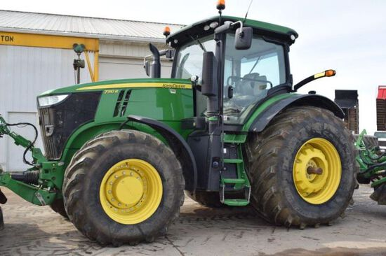 '17 JD 7310R tractor
