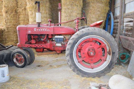'49 Farmall H tractor