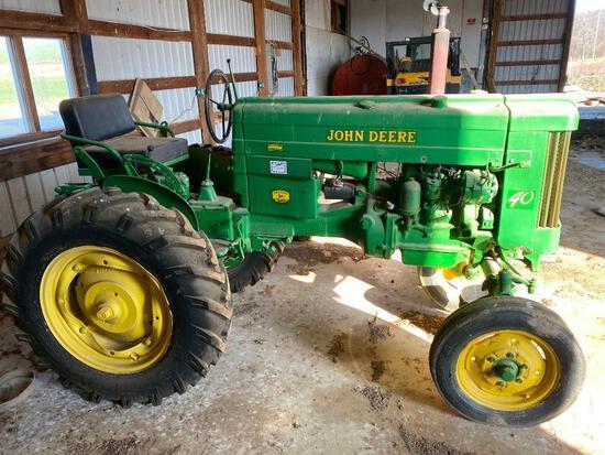 John Deere 40 tractor clean