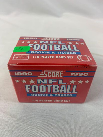 1990 Score (Rookie) football and traded set, sealed