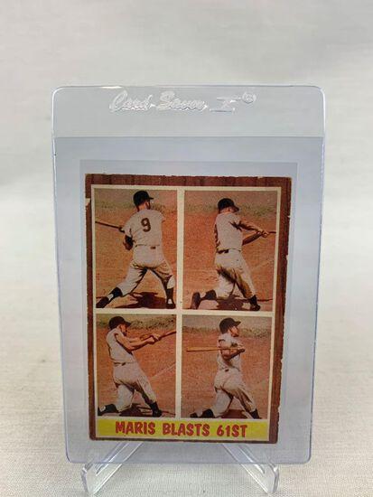1962 Roger Maris Blasts 61 Topps Baseball Card
