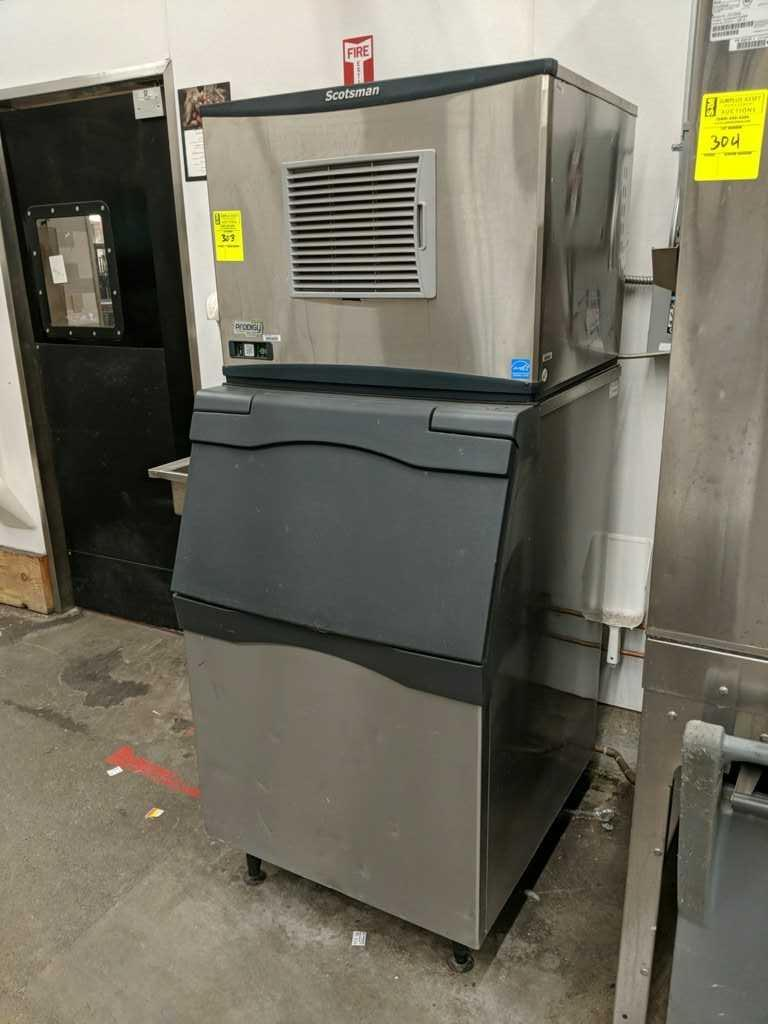 Scotsman Prodigy plus ice maker with bin