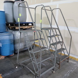 stocking ladder w/ 5) steps