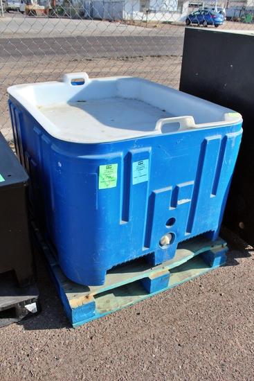 """44x48"""" Plastic Ice Tub"""