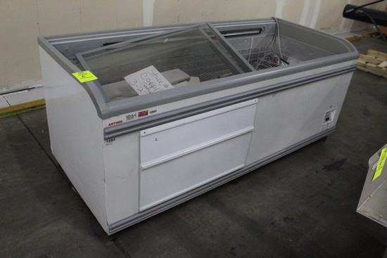 AHT Paris210 Chest Freezer