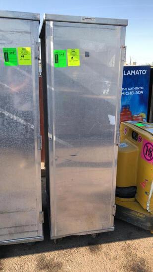Enclosed Aluminum Transport Cabinet W/ Sheet Pans