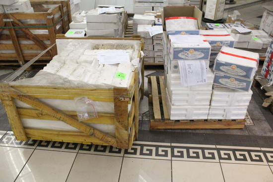 Pallet And Crate Of Assorted Tile