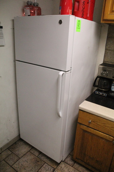 GE Household Refrigerator/Freezer