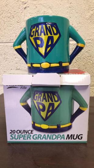 20 Ounce Super Grandpa Mugs