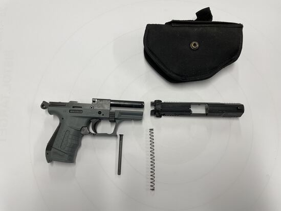 PISTOL, WALTHER P22, .22 CALIBER (GERMANY/ S&W, MA) WITH CLOTH HOLSTER