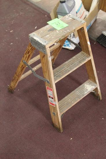 Werner Wooden Step Ladder