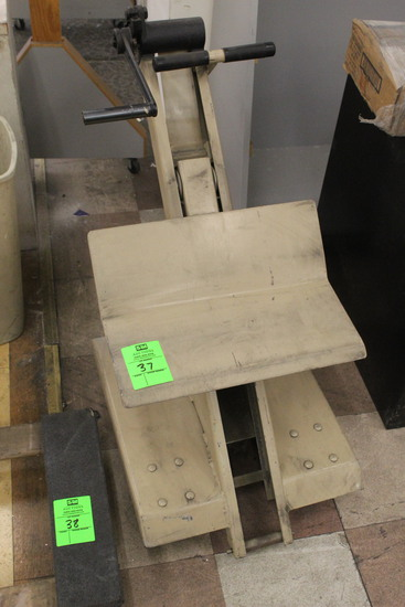 Portable Crank-Lift Cart
