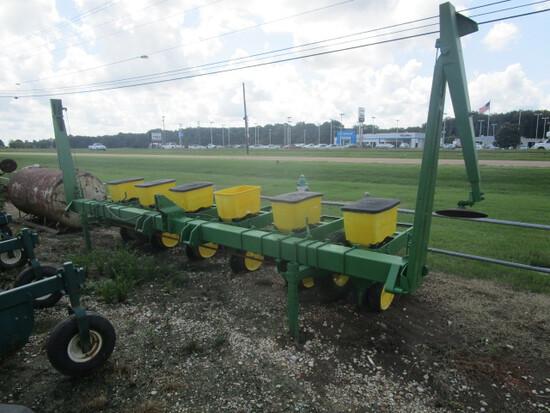 John Deere7100 6 Row Planter