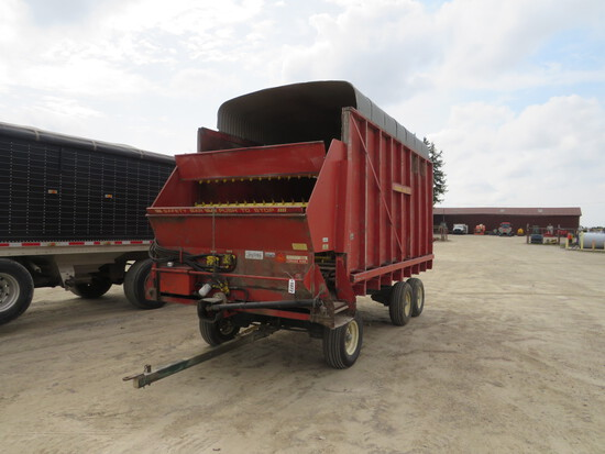 FORAGE KING 16' FORAGE WAGON