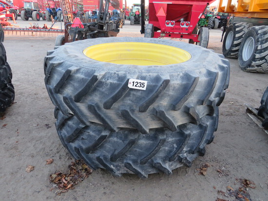 (2) 520/85R46 TRELLEBORG ON JOHN DEERE RIMS TO FIT CAST CENTRES