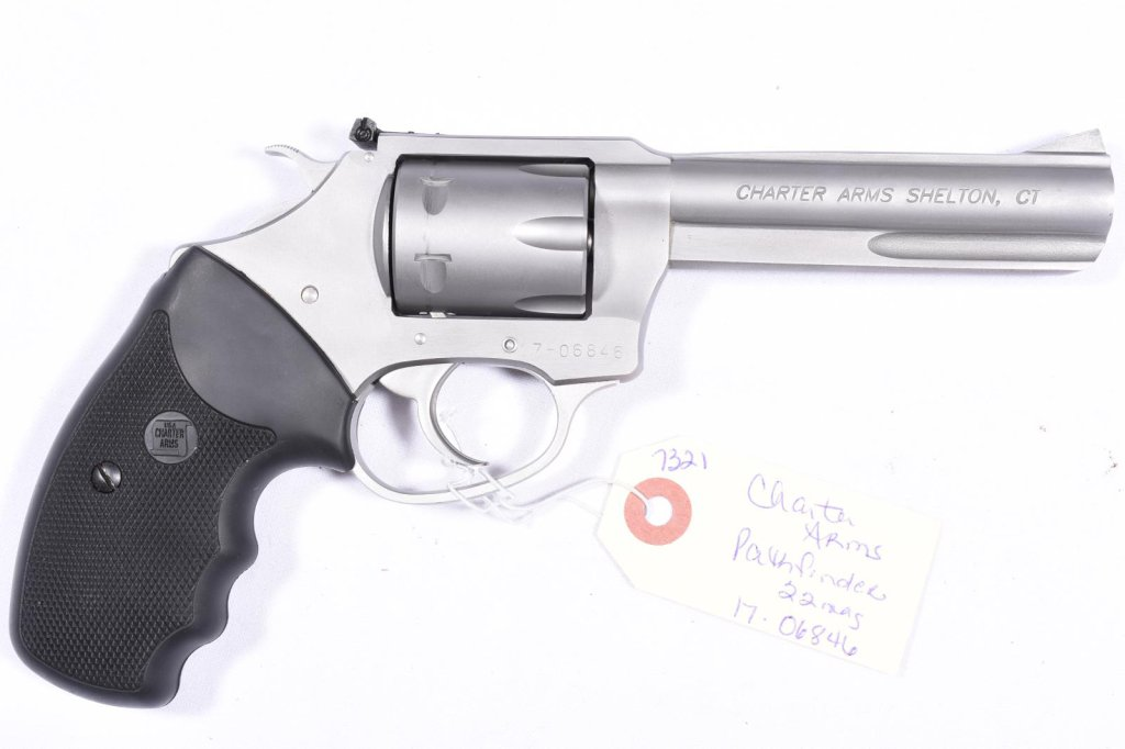 CHARTER ARMS PATHFINDER 22 MAG REVOLVER, SN 17-06846, IN BOX SERIAL NUMBERED TO GUN, USED, B34-P8
