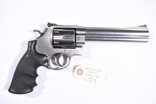SMITH WESSON 629-4 CLASSIC DX | Firearms & Military