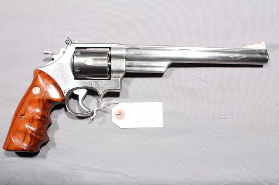 SMITH WESSON 629-1, SN BAS9876,