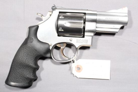 SMITH WESSON 629-4, SN BRM3658,